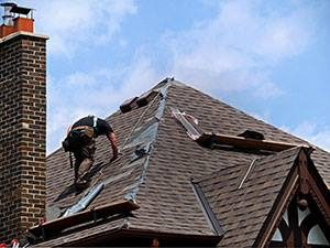 How to Pick out the Best Roofing Contractor for Your Needs